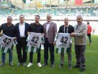 Konyaspor'da 'Efsanelere Vefa' devam etti