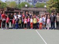 Teniste 23 Nisan turnuvası tamamlandı