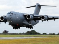 BAE'ye ait 5'inci askeri uçak Sokotra'ya indi