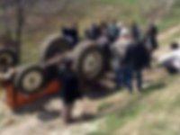 Manisa'da traktörün altında kalan sürücü öldü