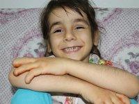 Vücudunda yaralar çıkan Beyza Nur tedavi için destek bekliyor