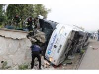 GÜNCELLEME 2 - Kütahya'da yolcu otobüsü devrildi: 2 ölü, 15 yaralı