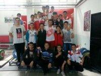 Halterde Gençlik Kupası Taşkentspor'un