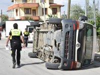 Öğrenci Servisi, Kamyonetle Çarpıştı: 5 Öğrenci Yaralı