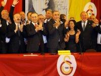 Galatasaray Kulübünün kongresinde Cengiz yeniden başkan