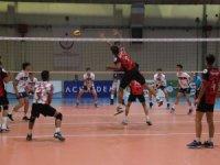 Voleybol Küçükler Türkiye Şampiyonası Konya'da başladı