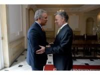 Kolombiya'nın halef-selef devlet başkanları buluştu