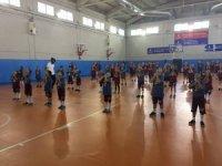 İBB 8 bin 200 çocuğa ücretsiz spor eğitimi veriyor