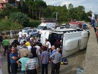 Vakfıkebir'de midibüs devrildi: 2 ölü, 12 yaralı