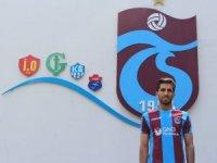 Trabzonspor, İranlı milli futbolcu Vahid Amiri ile sözleşme imzaladı