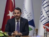 Bakan Albayrak'tan ekonomistlerle sürpriz toplantı