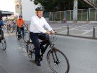 Başkan Aydın 100 gündür bisiklet üstünde!