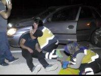 Hemşire, yaralı kuzenini görünce önce sarıldı sonra müdahale etti