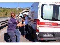 TEM İzmit tünellerinde otomobil yandı, insanlar tünelde mahsur kaldı