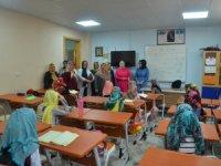 Karatay Kadın Meclisi Gaziosmanpaşa Kız Kuran Kursu'nu ziyaret etti