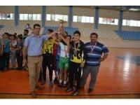 Kuran kursları arasında futsal turnuvası