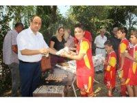 Başkan Demirtaş sporculara mangal partisi düzenledi