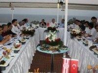 Antalyaspor ve Atiker Konyaspor yöneticilerinden dostluk mesajı