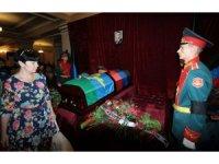 Ukrayna'da 200 bin kişi Zaharçenko'nun cenaze törenine katıldı