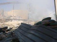 İdlib'de sivil savunmacılara saldırı anı kameralara yansıdı