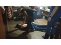Uluslararası çete üyelerinin yakalanma anı polis kamerasında