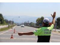Polis ekipleri emniyet kemeri uygulamalarını arttırdı