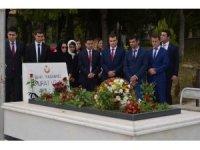 Şehit Başsavcı Murat Uzun kabri başında anıldı