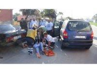 Şarjlı bisiklet otomobille çarpıştı: 2 ağır yaralı