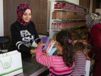 Meram Belediyesi'nden kırtasiye yardımı