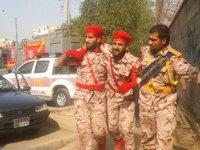 İran'da askeri törene terör saldırısı!