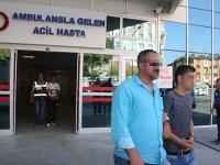 Camını kırdıkları otomobilden 32 bin lira çaldılar
