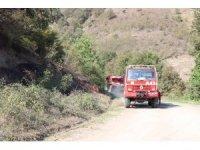 Çalılık yangını ekiplerce söndürüldü