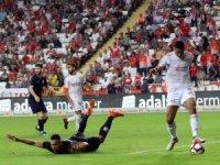 Spor Toto Süper Lig: Antalyaspor: 2 - DG Sivasspor: 1 (İlk Yarı)