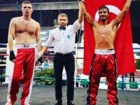 Adanalı Mahsum Teker kick boksta dünya şampiyonu oldu