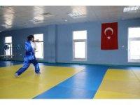 Dünya şampiyonu Azeri sporcu, Türk Milli Takımı'nı istiyor
