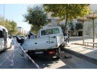 Yalova'da yolcu minibüsü kamyonetle çarpıştı: 8 yaralı