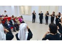Yeşim Tekstil çalışanlarına işaret dili eğitimi