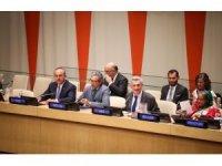 """Bakan Çavuşoğlu BM'de """"Mülteciler İçin Küresel Sözleşme"""" oturumuna katıldı"""