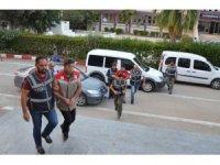 GÜNCELLEME 2 - Adana'da silahlı kavga: 1 ölü, 2 yaralı