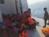 Kuşadası'nda 46 düzensiz göçmen kurtarıldı