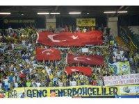 Fenerbahçe taraftarları biletleri bitirdi