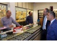 KTO Başkanı Gülsoy, enflasyonla mücadeleye destek veren esnafları ziyaret etti