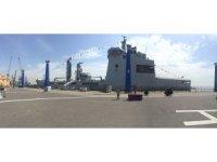 Pakistan Denizde İkmal Gemisi, Pakistan Deniz Kuvvetlerine teslim edildi