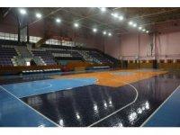 Yarım asırlık spor salonu yenilendi