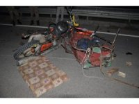 Otomobil sepetli motosiklete çarptı: 1 ölü, 4 yaralı