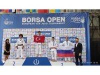 Kağıtspor Bosna Open şampiyonu oldu