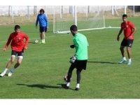 Van Büyükşehir Belediyespor, haftanın ilk antrenmanını yaptı