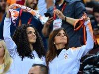 Spor Toto Süper Lig: Galatasaray: 0 - Bursaspor: 0 (Maç devam ediyor)