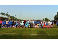 Akdeniz'den amatör spor kulüplerine malzeme desteği