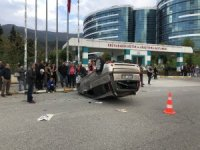 Karabük'te trafik kazası güvenlik kamerasına yansıdı